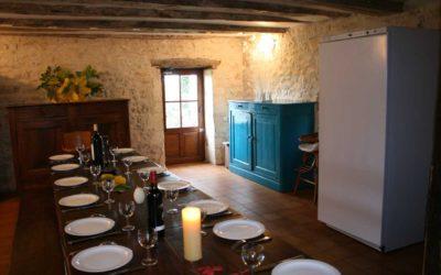 La salle à manger du Hameau du Manoir de La Gabertie