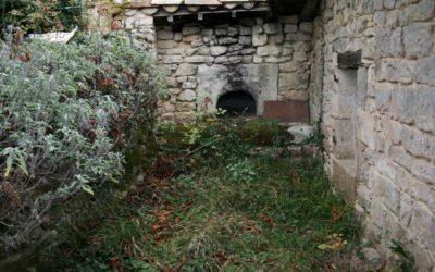 L'un des anciens fours à pain de La Gabertie