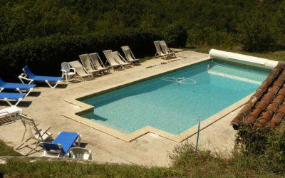 Gite de groupe de La Gabertie - La piscine du Hameau